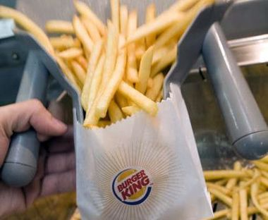 "Burger King pondrá a la venta papas fritas ""light"""