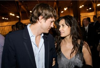 Ashton Kutcher y Demi Moore ya están divorciados