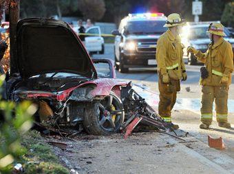 Captan en vídeo incendio del auto de Paul Walker
