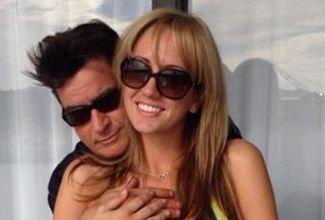 Charlie Sheen se casará con actriz porno