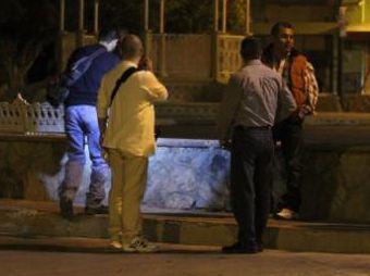 Ejecutan a balazos a hombre en plaza de Villa de Seris