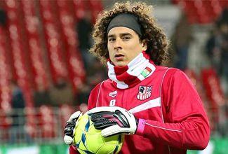 Guillermo Ochoa entre los mejores 11 de Francia