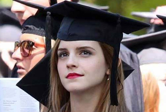 La actriz británica, más conocida como Hermione Granger, es oficialmente licenciada en literatura inglesa.