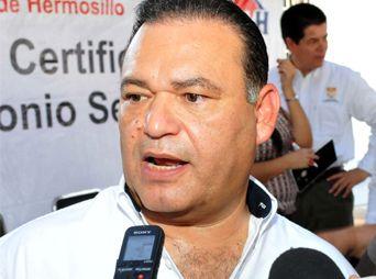 """""""Criminales y perturbados"""" quienes festejan resolutivo contra acueducto: ALC"""