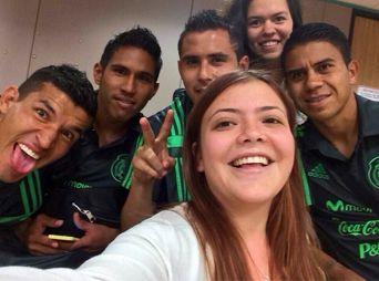 "Tunden en Twitter a hija del ""Piojo"" Herrera"