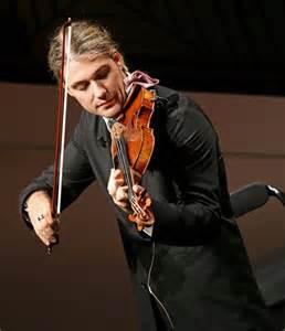 Es increíble David Garret con el Violín. Apenas viendo y escuchando.