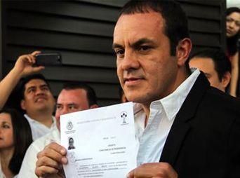 Este jueves el futbolista, Cuauhtémoc Blanco, se registró como precandidato a la presidencia municipal de Cuernavaca, con el Partido Social Demócrata (PSD).